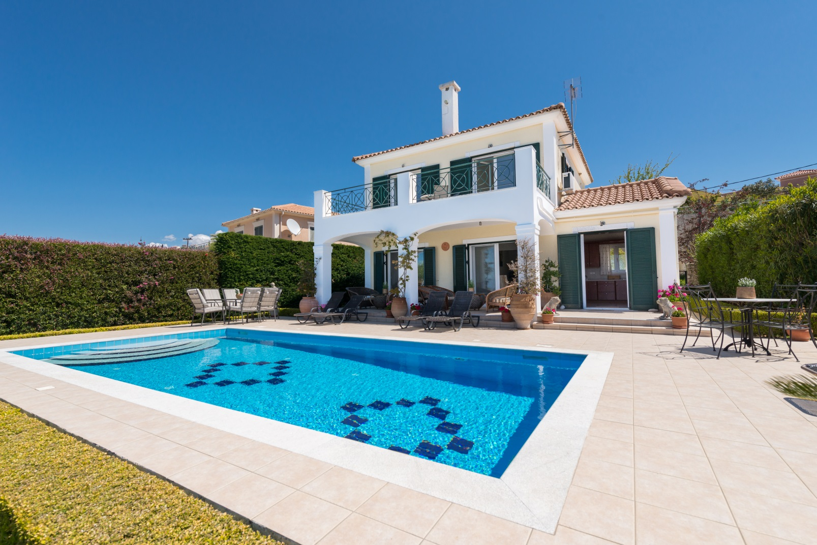Villa Mera