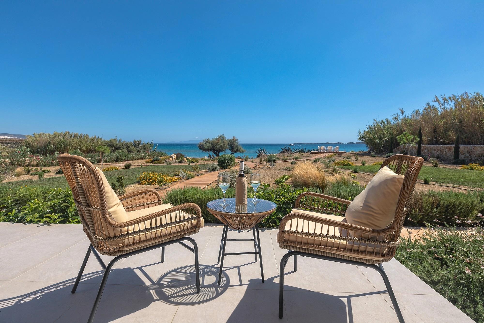 Grand Blue Beach Residences: Votsalo